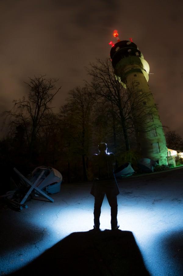 SWR-Sender am Fremersberg, Fisheye, Langzeitbelichtung, mich selbst eingeblitzt