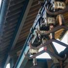 Schweinehälftenhängegestänge (Aus der Serie: Cool abhängen im alten Schlachthof in Karlsruhe)