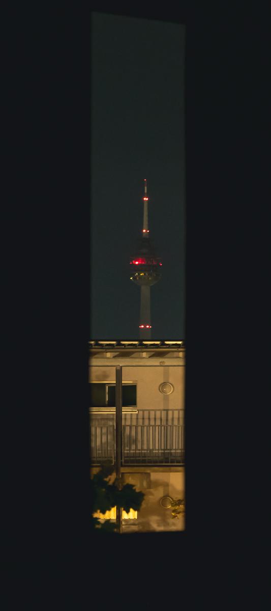 Bayerns höchstes Bauwerk (hinten-oben im Bild) 2